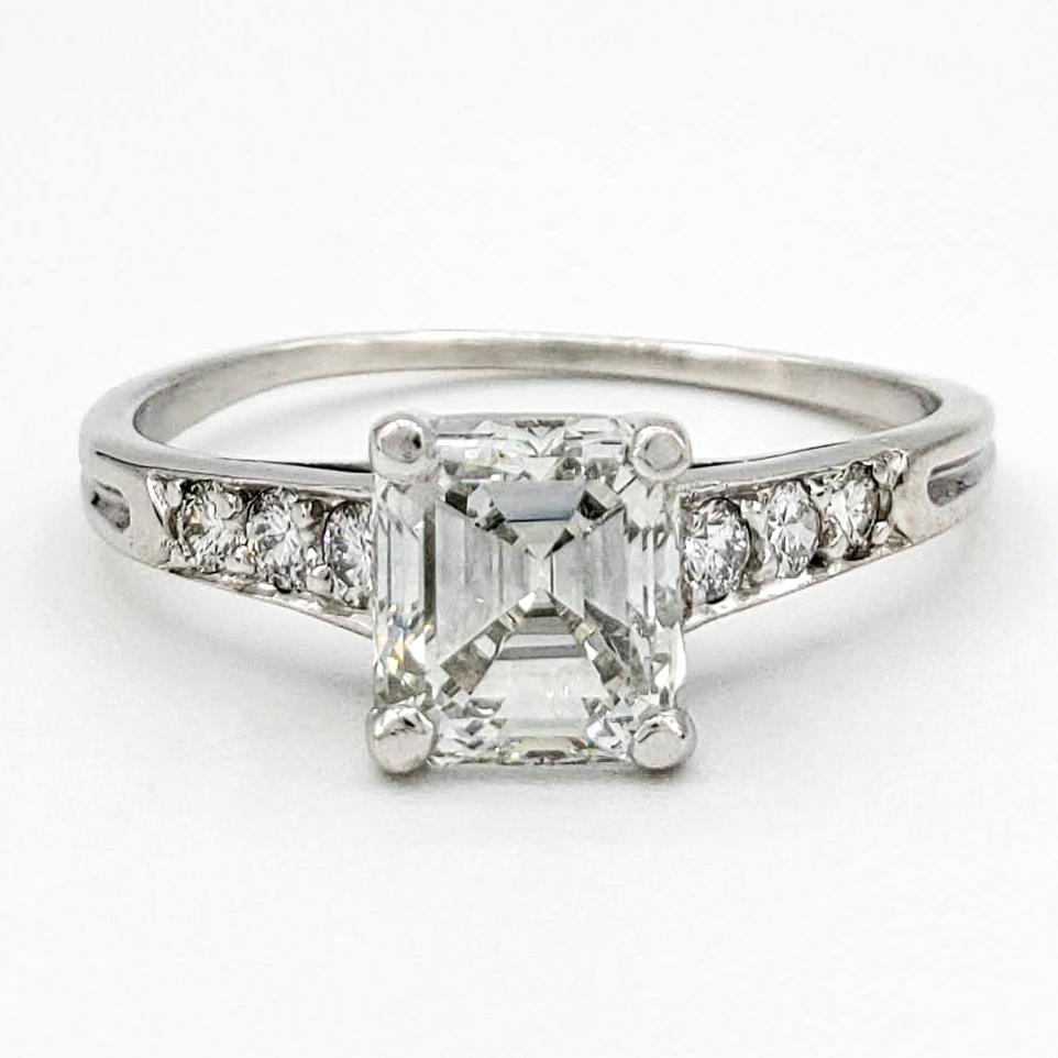 vintage-platinum-engagement-ring-with-1-06-carat-emerald-cut-diamond-gia-i-vvs2