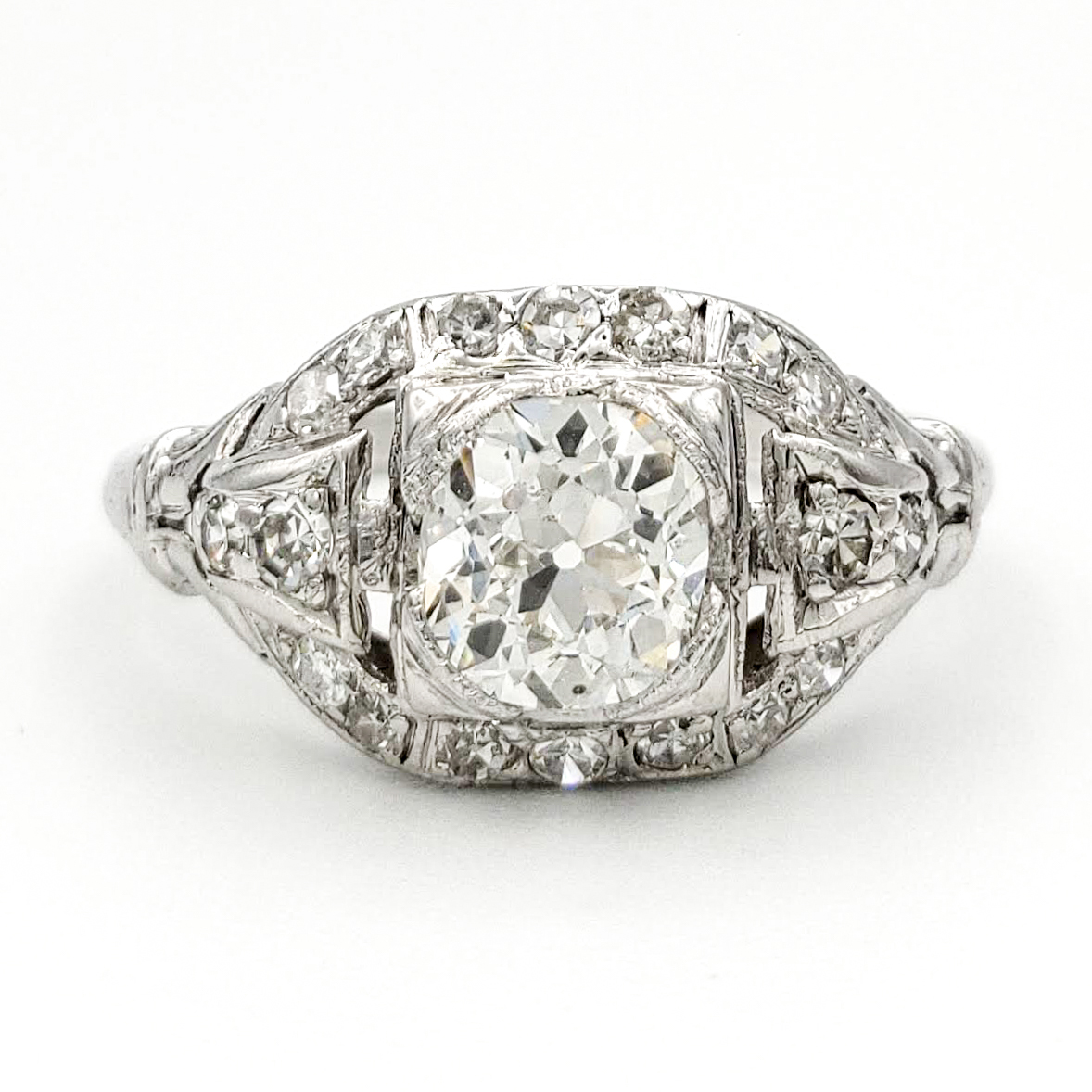 vintage-platinum-engagement-ring-with-0-84-carat-old-european-cut-diamond-egl-g-si1