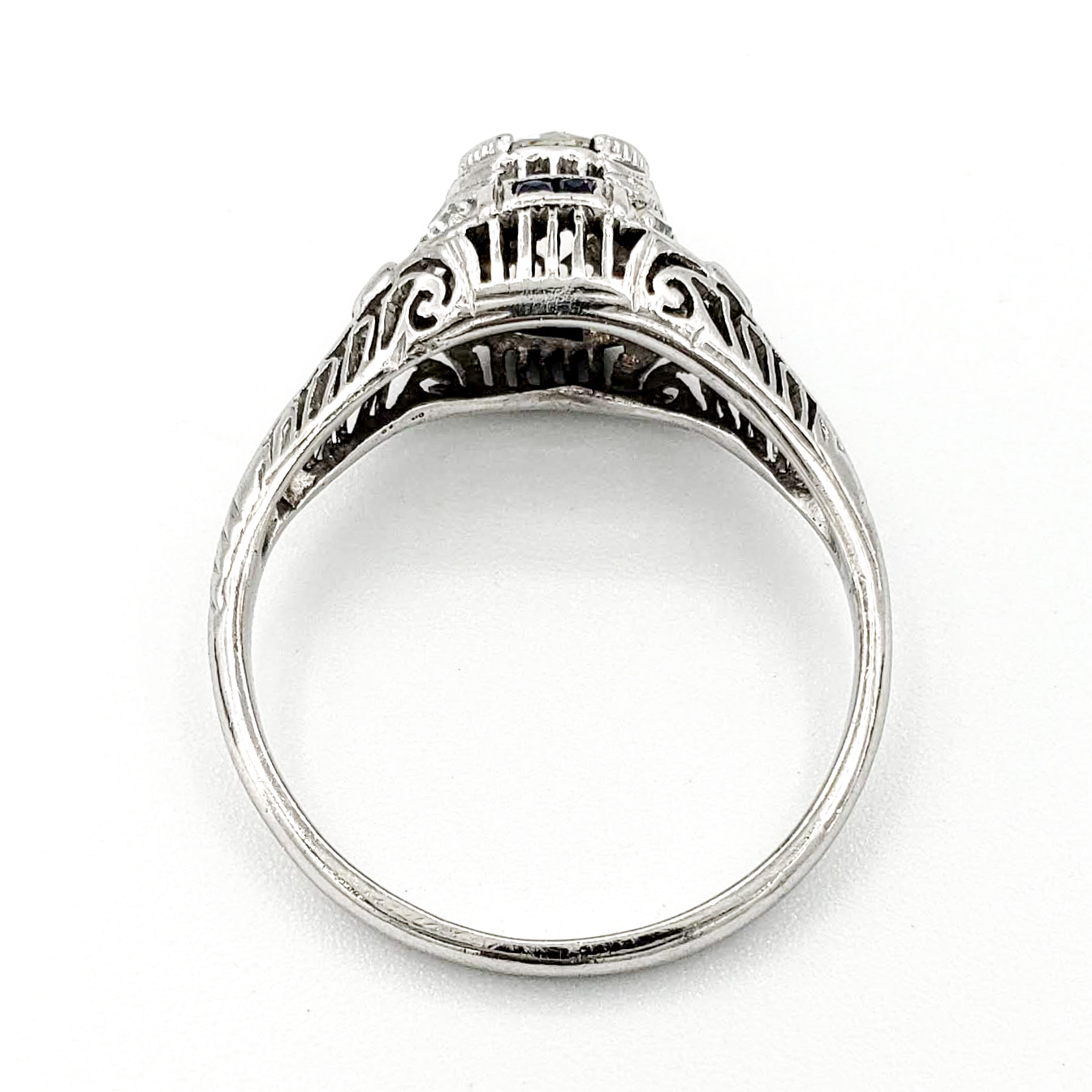 vintage-platinum-engagement-ring-with-0-73-carat-old-european-cut-diamond-egl-j-vs1