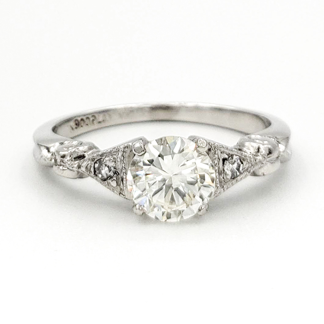 vintage-platinum-engagement-ring-with-0-58-round-brilliant-cut-diamond-egl-g-vs1