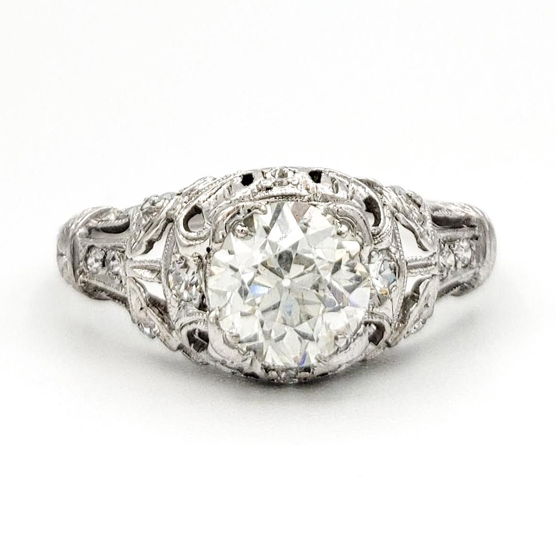 vintage-platinum-engagement-ring-with-0-92-carat-old-european-cut-diamond-egl-h-vs1