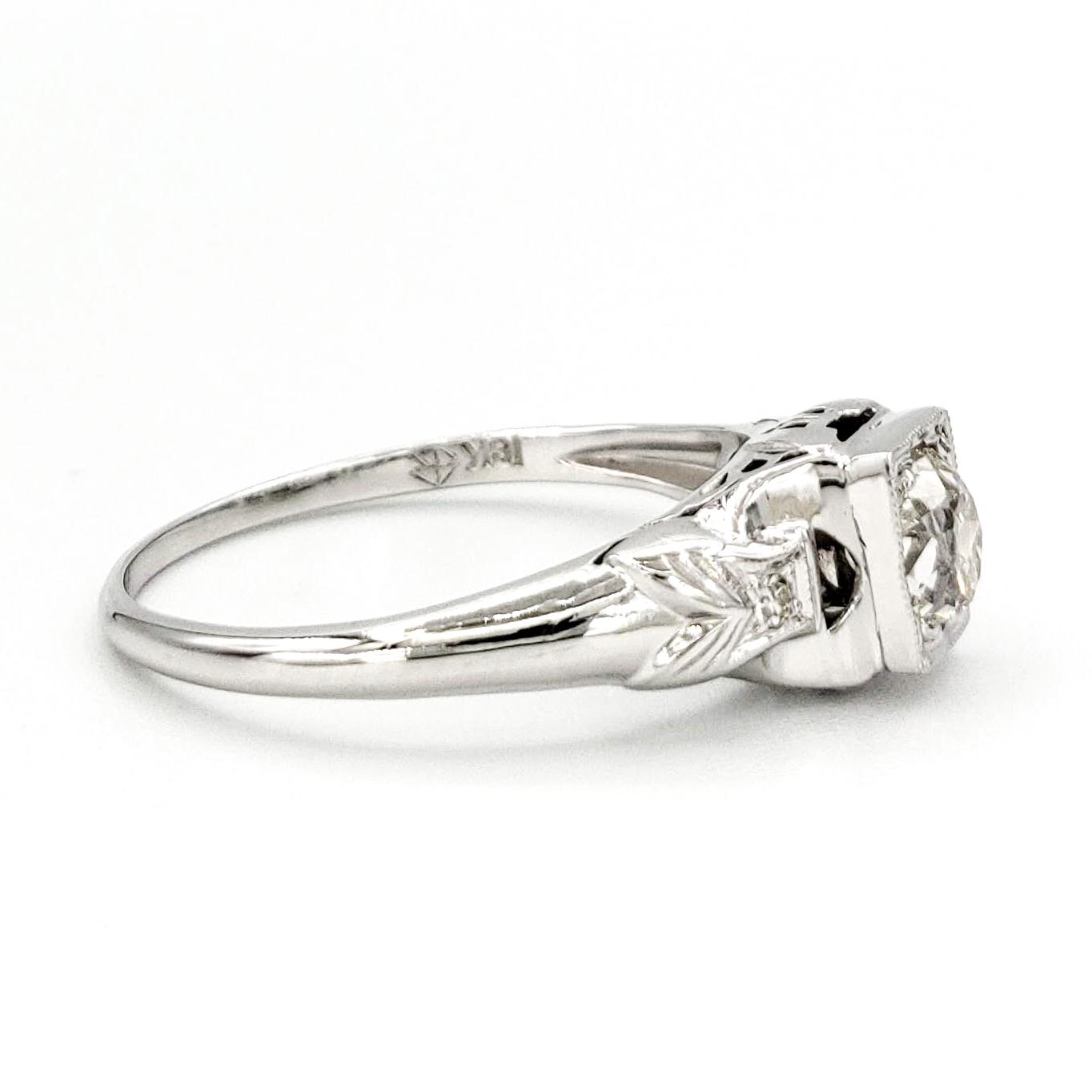 vintage-18-karat-gold-engagement-ring-with-0-51-carat-old-mine-cut-diamond-egl-h-vs2
