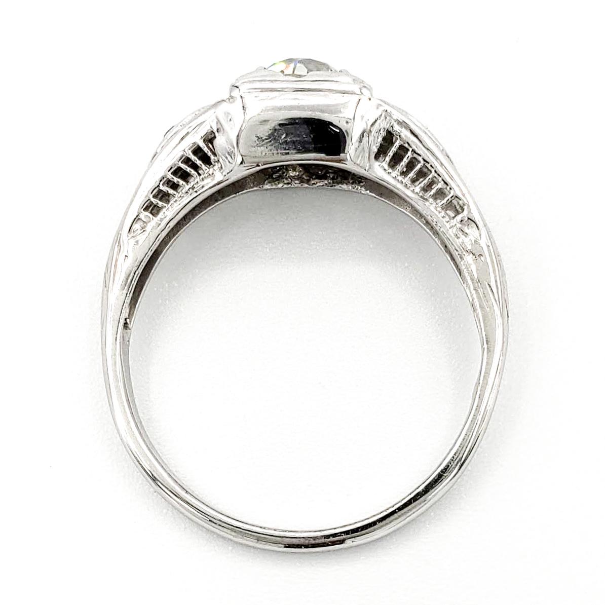 vintage-14-karat-gold-engagement-ring-with-0-69-carat-old-european-cut-diamond-egl-l-vs2
