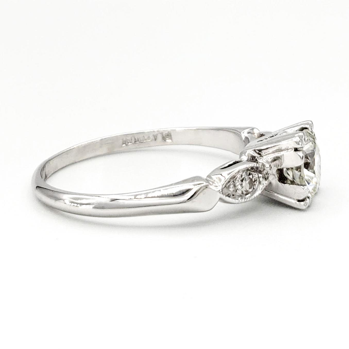 vintage-platinum-engagement-ring-with-0-75-carat-round-brilliant-cut-diamond-egl-i-vs1