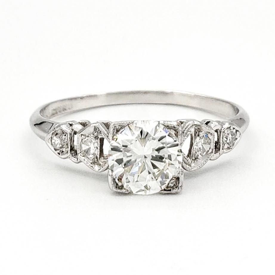 vintage-platinum-engagement-ring-with-0-64-carat-round-brilliant-cut-diamond-gia-i-vvs2