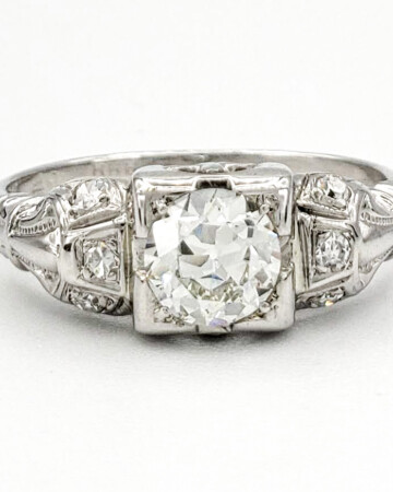 vintage-14-karat-gold-engagement-ring-with-0-44-carat-old-european-cut-diamond-egl-h-vs2