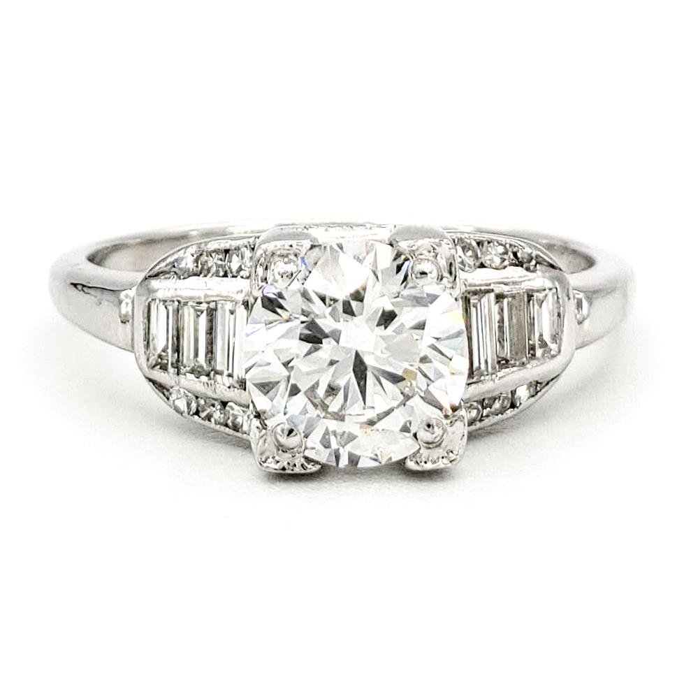 vintage-platinum-engagement-ring-with-1-01-carat-round-brilliant-cut-diamond-gia-f-vs1