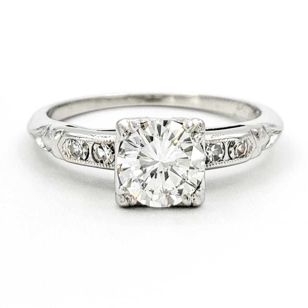 vintage-platinum-engagement-ring-with-0-58-carat-round-brilliant-cut-diamond-egl-d-si1
