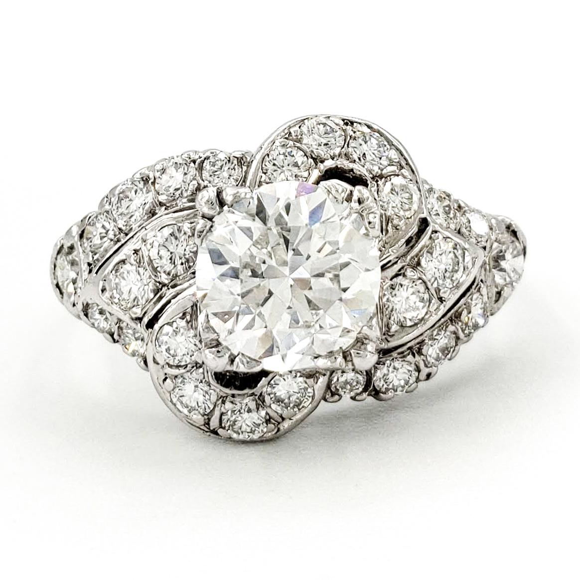 vintage-platinum-engagement-ring-with-1-03-carat-round-brilliant-cut-diamond-egl-g-vs1