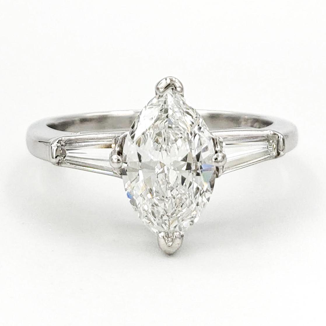 vintage-platinum-engagement-ring-with-0-93-carat-marquise-cut-diamond-egl-e-si1