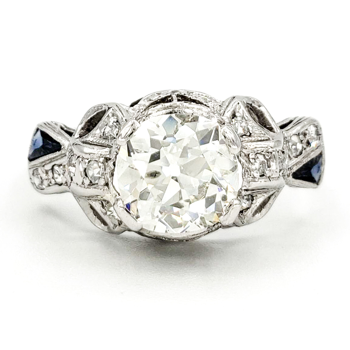 vintage-platinum-engagement-ring-with-1-37-carat-old-european-cut-diamond-egl-h-si2