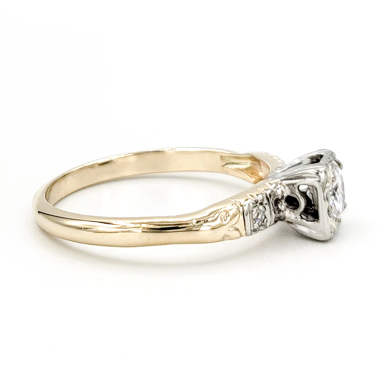 vintage-14-karat-gold-engagement-ring-with-0-34-carat-old-european-cut-diamond-egl-g-si1