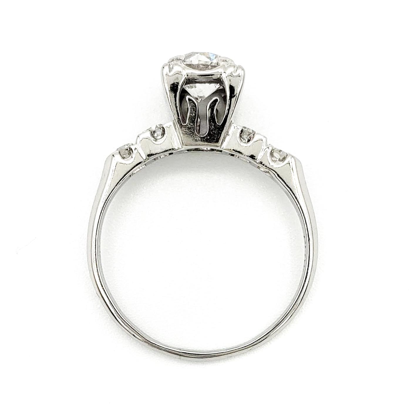 vintage-platinum-engagement-ring-with-0-74-carat-round-brilliant-cut-diamond-egl-g-si3
