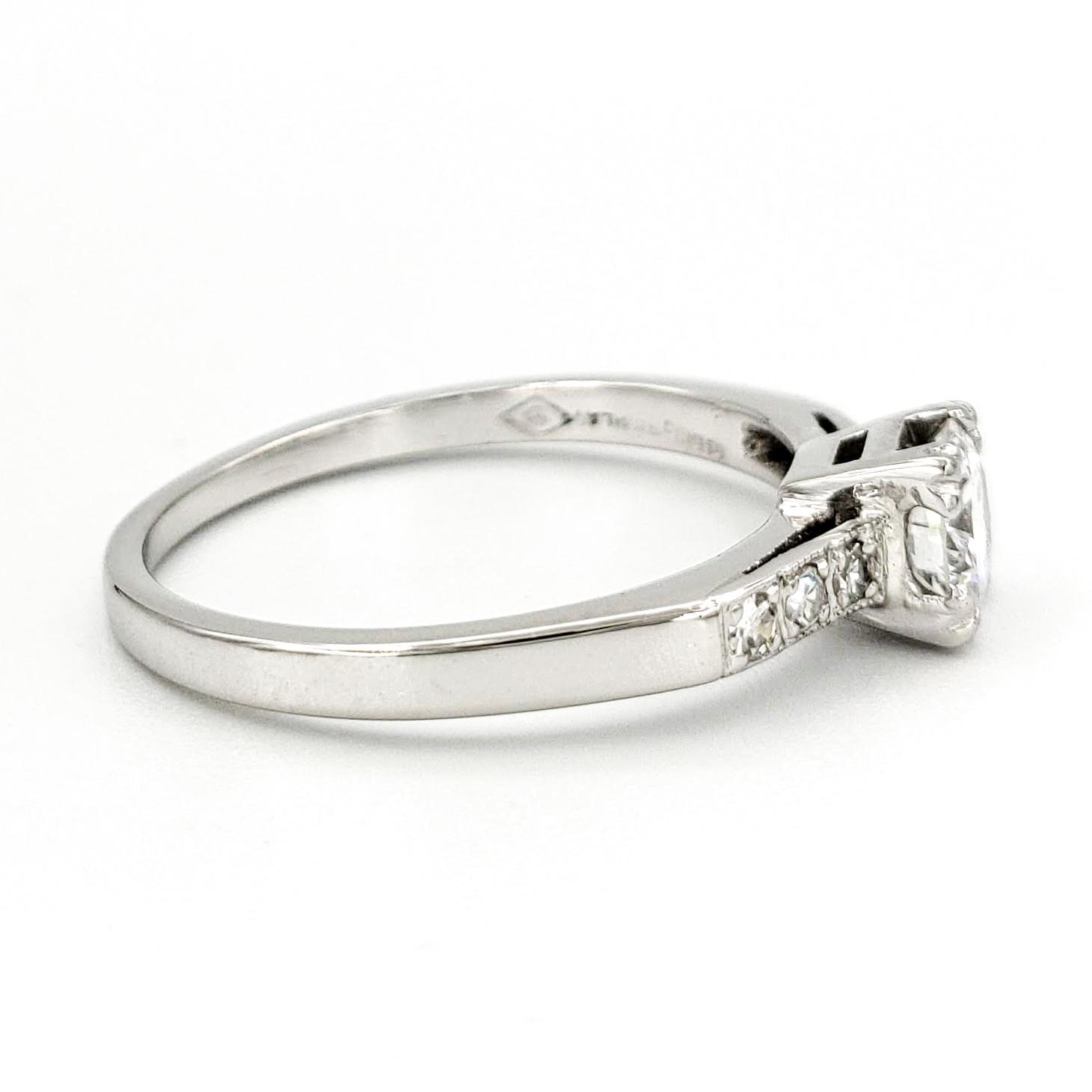 vintage-platinum-engagement-ring-with-0-42-carat-round-brilliant-cut-diamond-egl-d-vs1