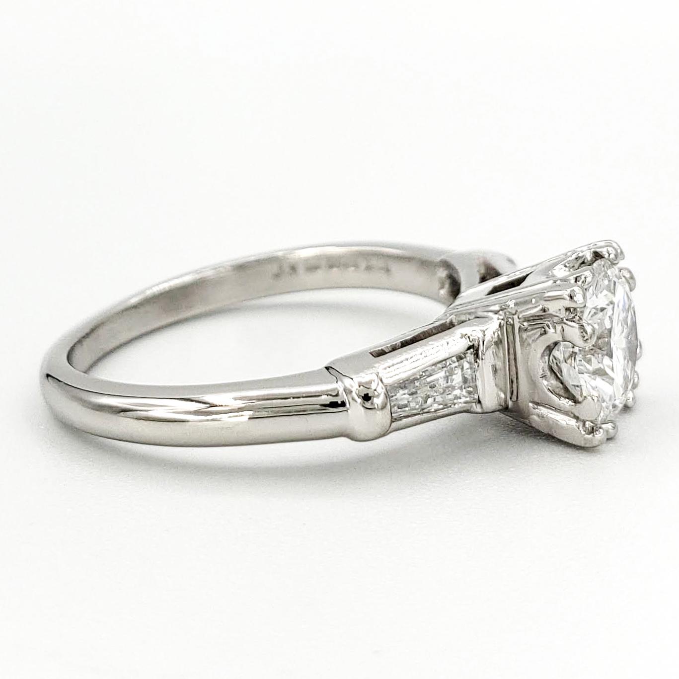 vintage-platinum-engagement-ring-with-0-76-carat-round-brilliant-cut-diamond-gia-d-vvs2