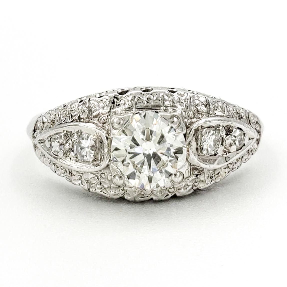estate-platinum-engagement-ring-with-0-47-carat-round-brilliant-cut-diamond-egl-h-vs1