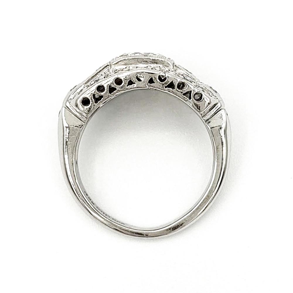 vintage-platinum-engagement-ring-with-0-55-carat-round-brilliant-cut-diamond-gia-h-vs1