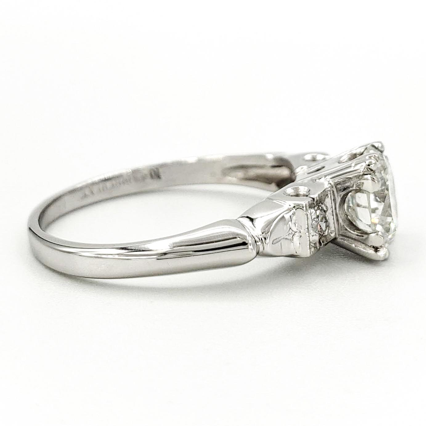 vintage-platinum-engagement-ring-with-1-15-carat-round-brilliant-cut-diamond-egl-g-vs2