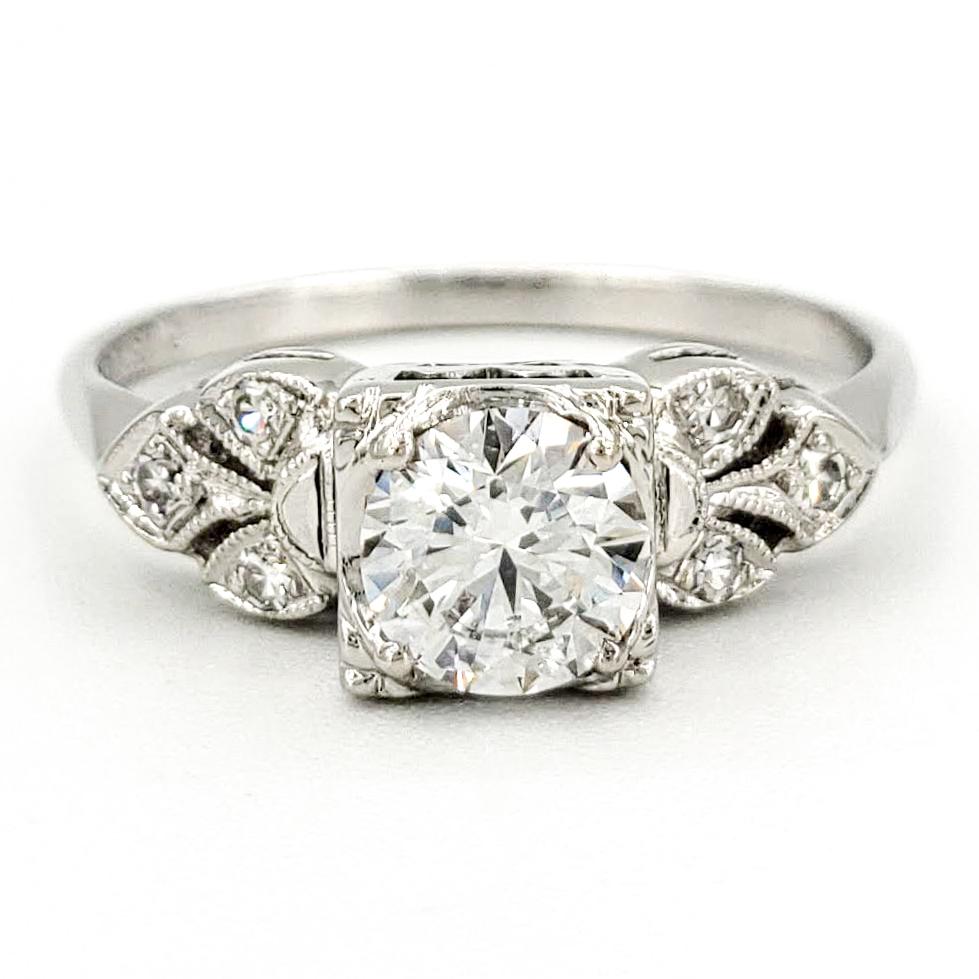 Vintage 14 Karat Gold Engagement Ring With 0.56 Carat Round Brilliant Cut Diamond EGL - E SI1