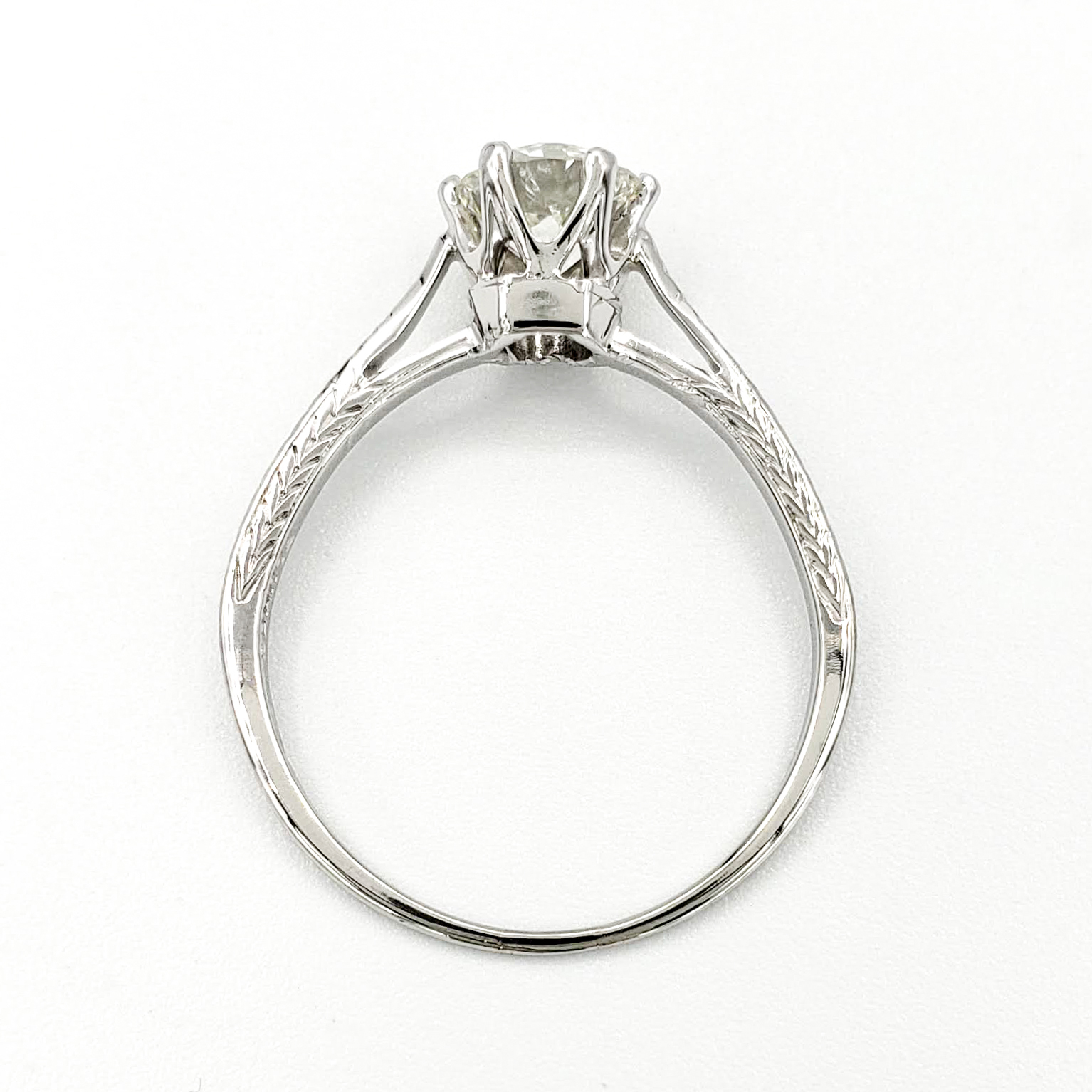 vintage-18-karat-gold-engagement-ring-with-0-80-carat-old-european-cut-diamond-gia-j-vs1