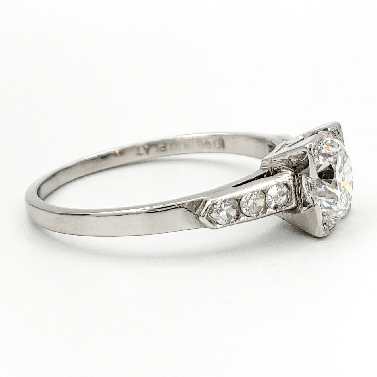 vintage-platinum-engagement-ring-with-1-02-carat-round-brilliant-cut-diamond-egl-d-si2