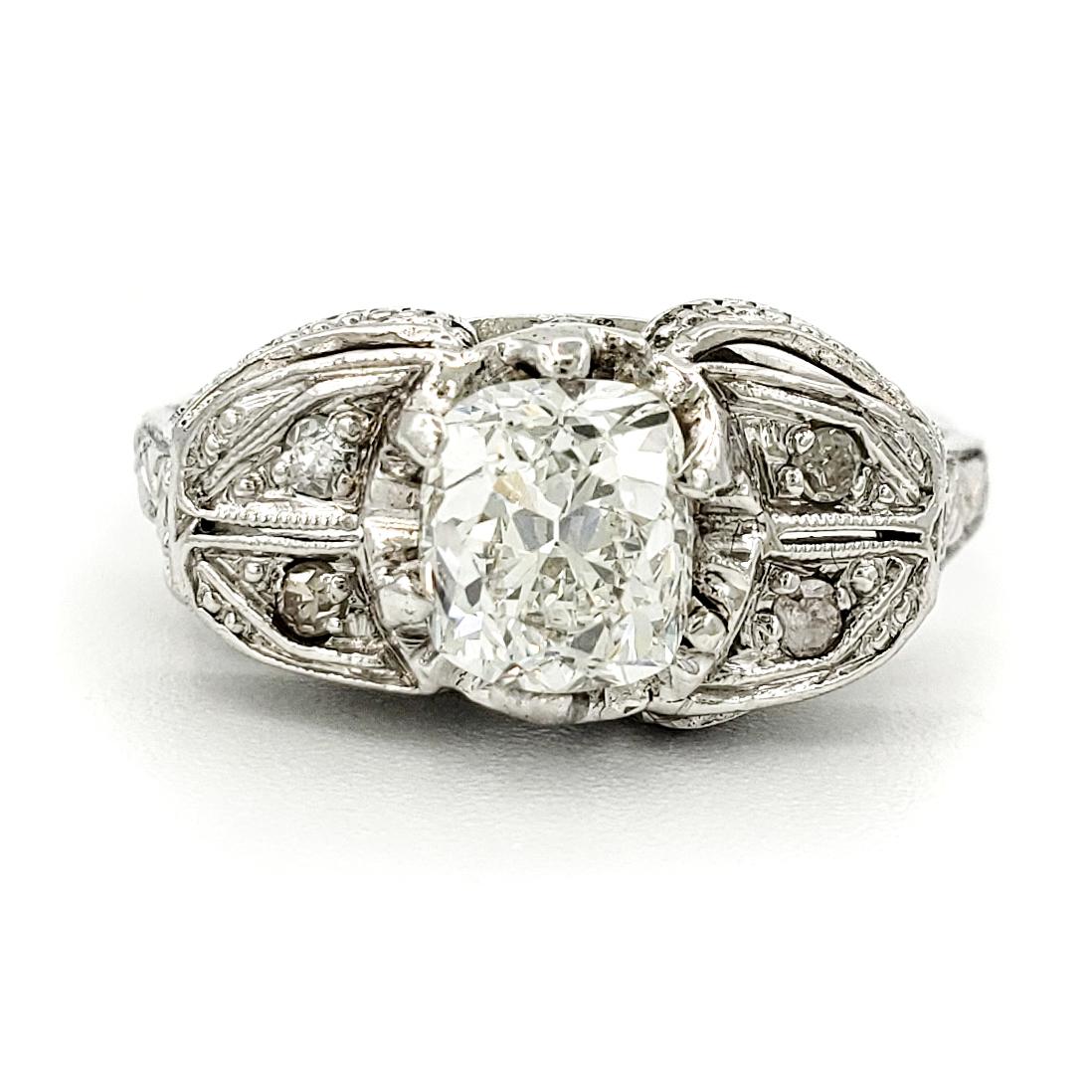 vintage-platinum-engagement-ring-with-0-94-carat-old-mine-cut-diamond-egl-g-si2