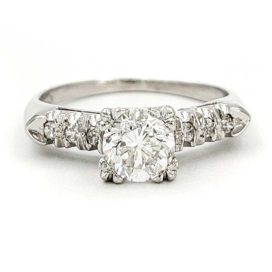 vintage-platinum-engagement-ring-with-0-72-carat-round-brilliant-cut-diamond-gia-e-si2