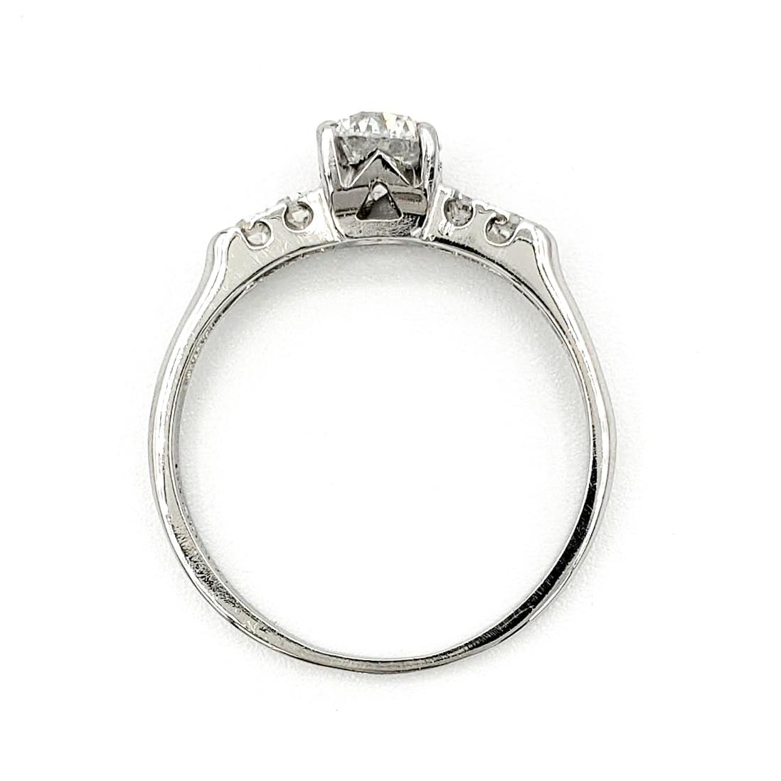 vintage-platinum-engagement-ring-with-0-51-carat-round-brilliant-cut-diamond-egl-f-si2