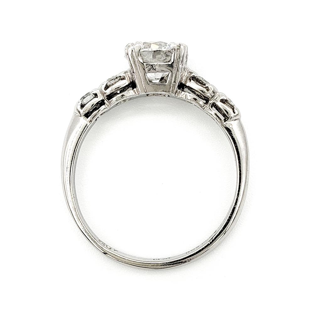 vintage-platinum-engagement-ring-with-1-02-carat-round-brilliant-cut-diamond-gia-h-vs1