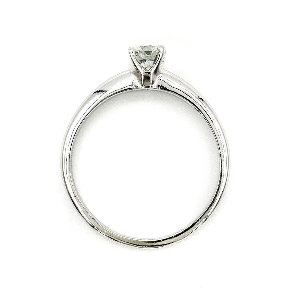 estate-platinum-engagement-ring-with-0-32-carat-round-brilliant-cut-diamond-egl-h-vs2